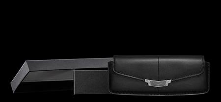 Комплектация горизонтального чехла для Vertu Signature S Design Steel